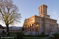 samurcasesti-biserica