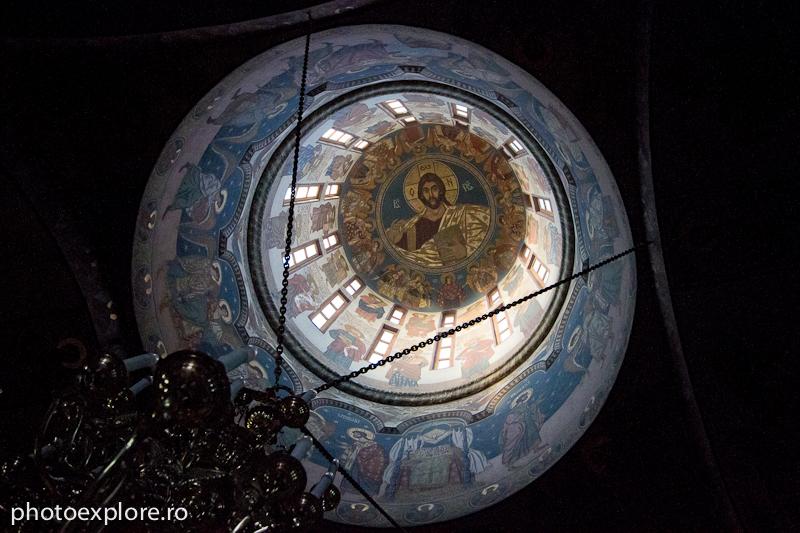 samurcasesti-in_biserica