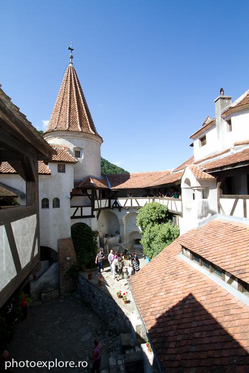 Castelul Bran - curtea interioara